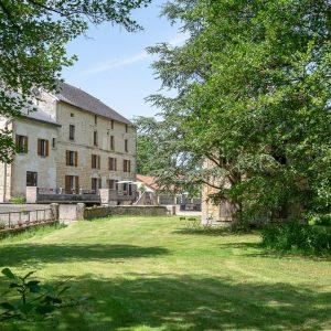 Le Moulin du Loison vu du parc